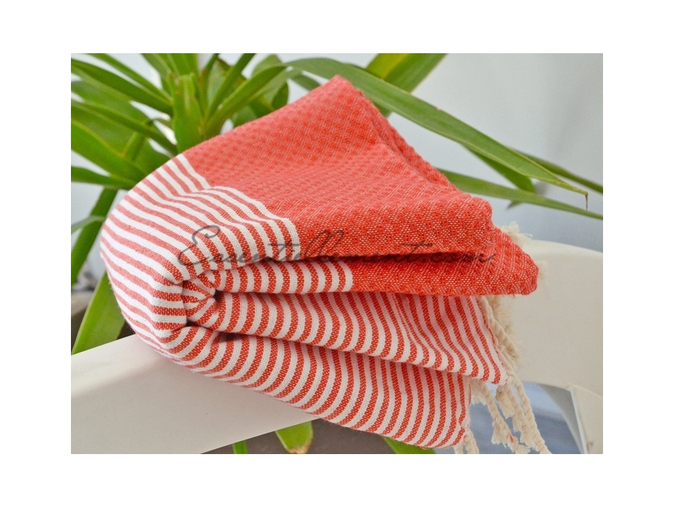 fouta rouge corail ray e blanc nid d 39 abeille. Black Bedroom Furniture Sets. Home Design Ideas