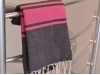 Fouta Bicolore Gris Charbon/Fushia plate