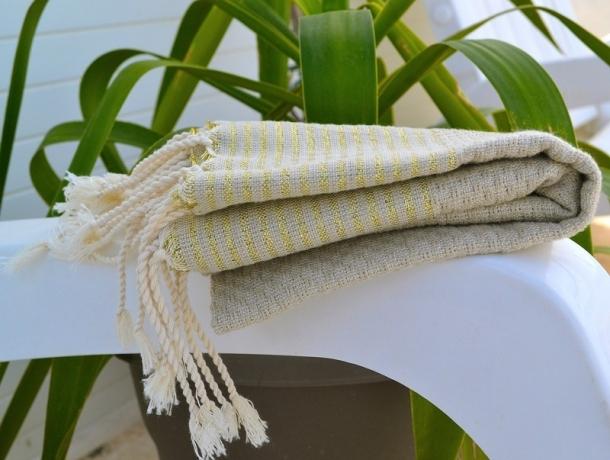 Petite serviette Fouta Taupe / Lurex Or - Nid d'Abeille