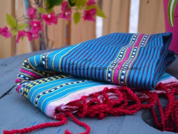 Fouta plate Arabesque rayée Bleu Canard / Jaune Safran / Fushia