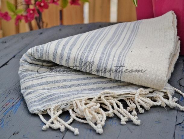 Fouta nid d 39 abeille vintage ivoire gris clair for Carrelage nid d abeille