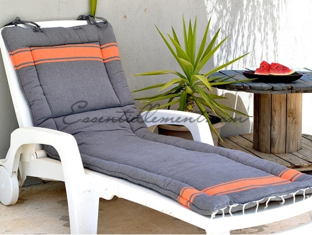 matelas de transat plage gris anthracite orange bicolore en fouta. Black Bedroom Furniture Sets. Home Design Ideas