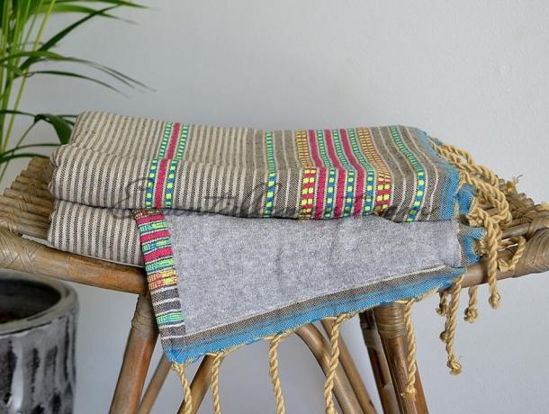 Fouta Doublée Arabesque Gris Taupe / Magenta / Turquoise / Jaune Fluo / Gris lin éponge Gris - Plate