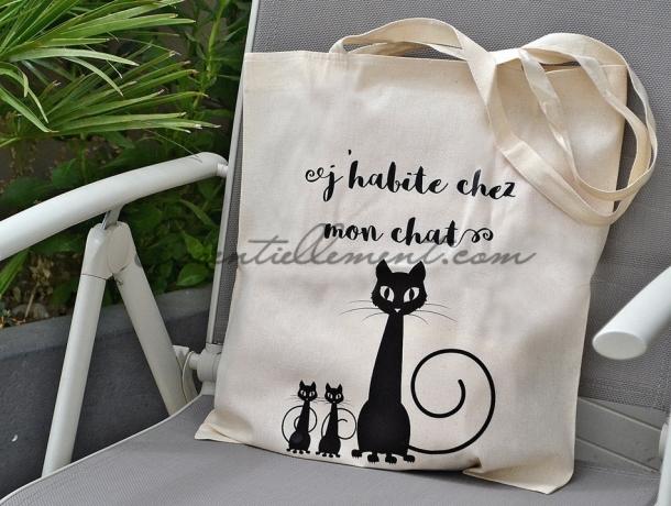 "Sac ToteBag ""J'habite chez mon chat"""