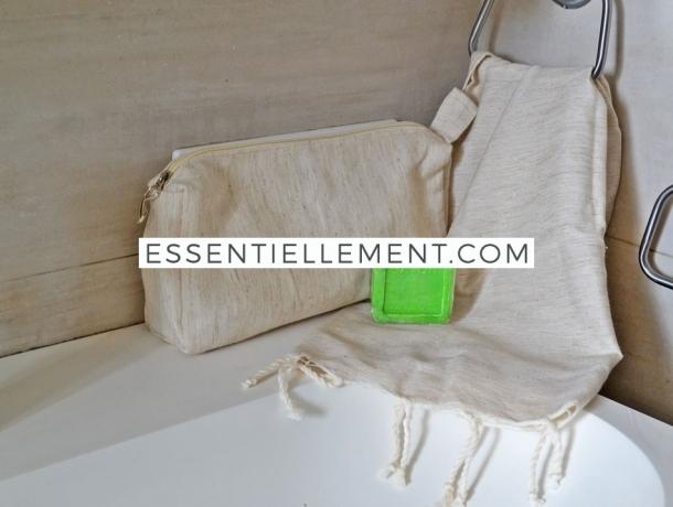 Lot Beige Lin Petite serviette Fouta / Trousse Toilette / Savon Citron vert